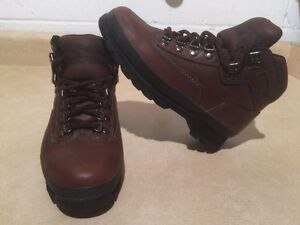 Women's Timberland Leather Winter Boots Size 7
