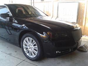 Optional 19 inch Chrysler 300 rims