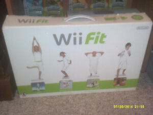 Wii fit in box