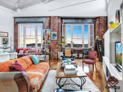ID 3874919 - Woolstore Penthouse