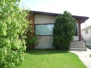 7317 81 Ave- 4 Bedroom Whole House Rental!