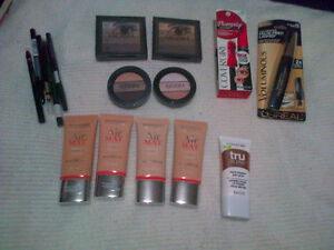 quo eyeshadow pallets and other quo makeup London Ontario image 1