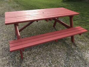 Table de 6 pieds en bois traité - 6 feet treated picnic table