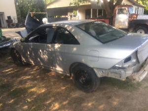 2 door 04 Honda Civic PARTING OUT