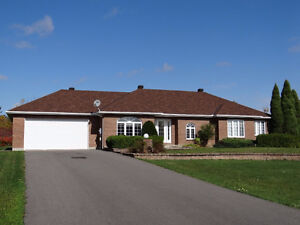"""House for Sale OR possibility of """"Rent to Own""""  - Long Sault, ON"""