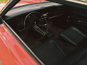 1973 Mustang (mint interior, 11000 miles!)