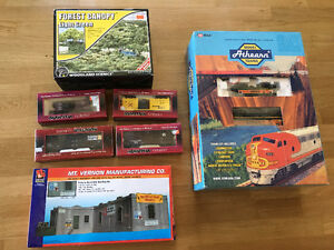 Collectible model train Athearn set new in box