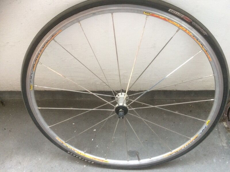 Mavic Aksium wheel 700c Road bike with tyrein Islington, LondonGumtree - This wheel is used but is still true and works great.The hub is good and spins smooth.The wheel comes with tyre and inner tube.Please call or txt Ill accept offers. Can pick up anywhere central