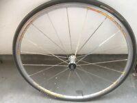 Mavic Aksium wheel 700c Road bike with tyre