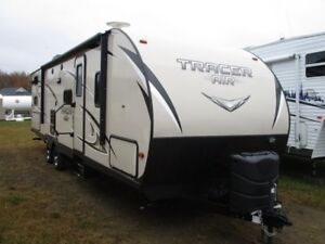 2017 Tracer 275, like New, Outdoor Kitchen !!!