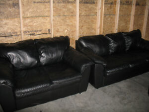 BLACK LEATHER SOFA AND LOVE SEAT. FREE DELIVERY