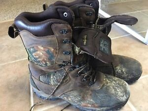 Men's size 14 hunting boots