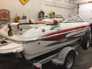 2009 Glastron GT 185 like new!   (85 hours!!!)