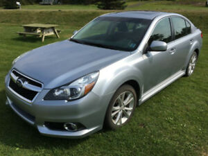 2014 Subaru Legacy Sedan  -  LOW KMS!!!!!!!!!!!!!!!