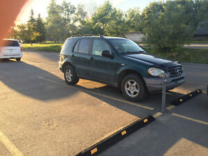 1999 Mercedes-Benz M-Class ML-320 SUV, Crossover