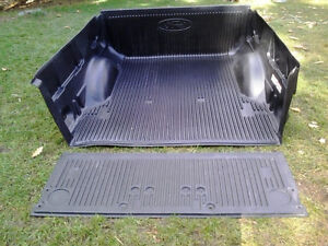 F-150 Box & Tailgate Liner Peterborough Peterborough Area image 1