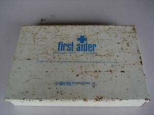 METAL FIRST AID STORAGE BOX