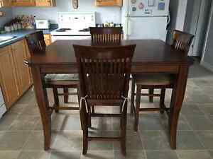 Kitchen Table and Chairs St. John's Newfoundland image 4