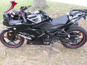 2011 Ninja 250 Akropovic with Safety