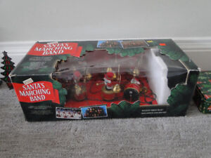 Christmas mice marching band