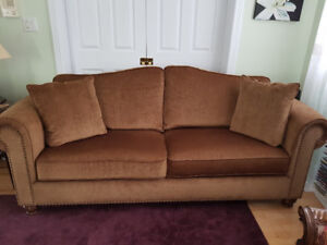 Brown sofa and loveseat for sale