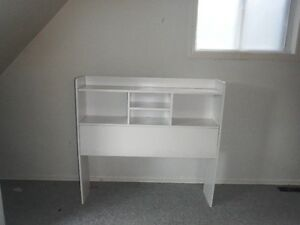 white head board for twin bed