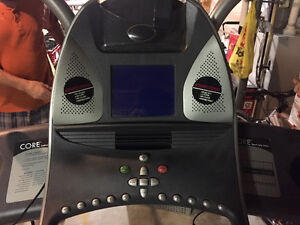 CFS TREADMILL IN GREAT CONDITION London Ontario image 1