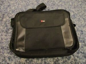 NEW LAPTOP COMPUTER TRAVEL COVER $10   IN TRAIL