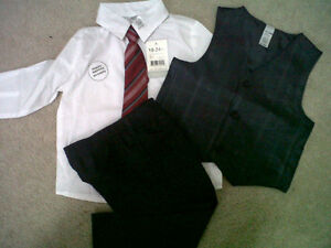 **Brand New**George Infant Boys 4-pcs Suit with Tie(18-24mths)