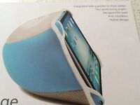 Brand new I lounge for I pad never used unwanted present