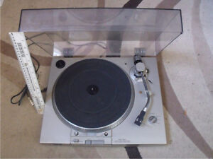 Sony Direct Drive PS-T20 Turntable.