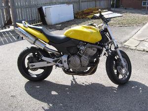 2004 honda 599 hornet fixer or parts bike
