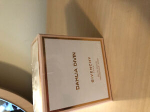 Givenchy Dahlia Divin Perfume. 1.7 flOz, new in packaging