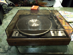 Dual 1249 -vintage - 2-Speed Fully-Automatic Turntable