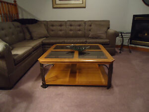 Beautiful coffee table. Excellent condition. $225.00
