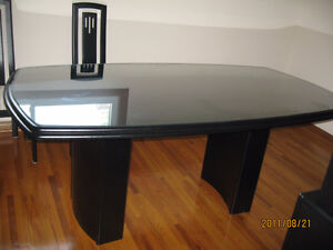 Modern Kitchen Table and Hutch, Chairs Set for Sale $650.00 Belleville Belleville Area image 7