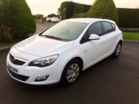 VAUXHALL ASTRA 1.7 CDTI, WHITE, 2012, FREE TAX **FINANCE THIS FROM AS LITTLE AS £32.50 PER WEEK**