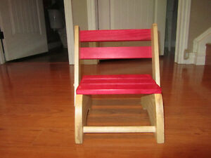 Folding toddler step stool/chair Stratford Kitchener Area image 4