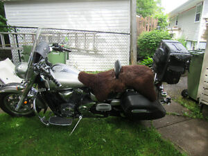 2007 Yamaha 1300 V Star and motorcycle trailer