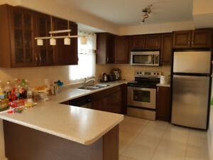 House for rent Prime Location Dufferin & Centre area in Vaughan.