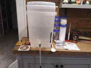 Coopers Home Brewing Kit w/ IPA
