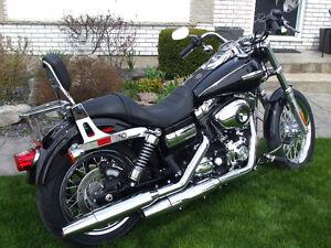 2010 Harley Davidson Super Glide Custom vivid black