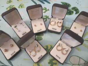Lot 7 pairs of 14KT SOLID GOLD HOOP EARRINGS