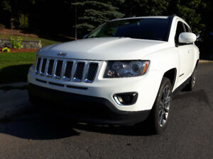 2014 Jeep Compass limited VUS Comme neuf !