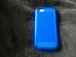 Perfect condition and new blue case 5c-16 GB Strathcona County Edmonton Area image 2
