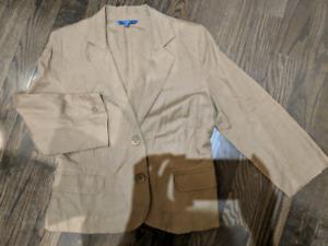 7049a00cc5 100% Linen suit from Reitmans
