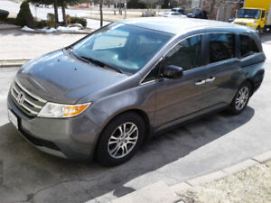 2012 HONDA ODYSSEY EX, 8 SEATS, FREE OF ACCIDENTS, PRIVATE SALE