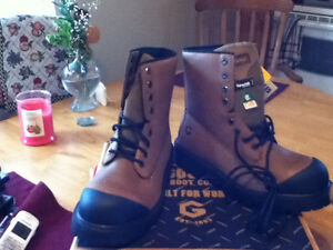 1 BRAND NEW PAIR OF JB GOODHUE  WORK BOOTS SIZE PR1CE $100. St. John's Newfoundland image 3