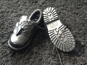 NEW WITH TAGS BOYS SIZE 11 LEATHER DOCKERS DRESS SHOE