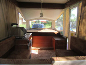 2011 Starcraft Pop Up RV (purchased new in 2012) London Ontario image 2